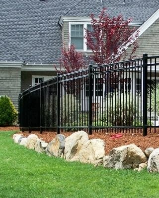 residential-fence-install-everett
